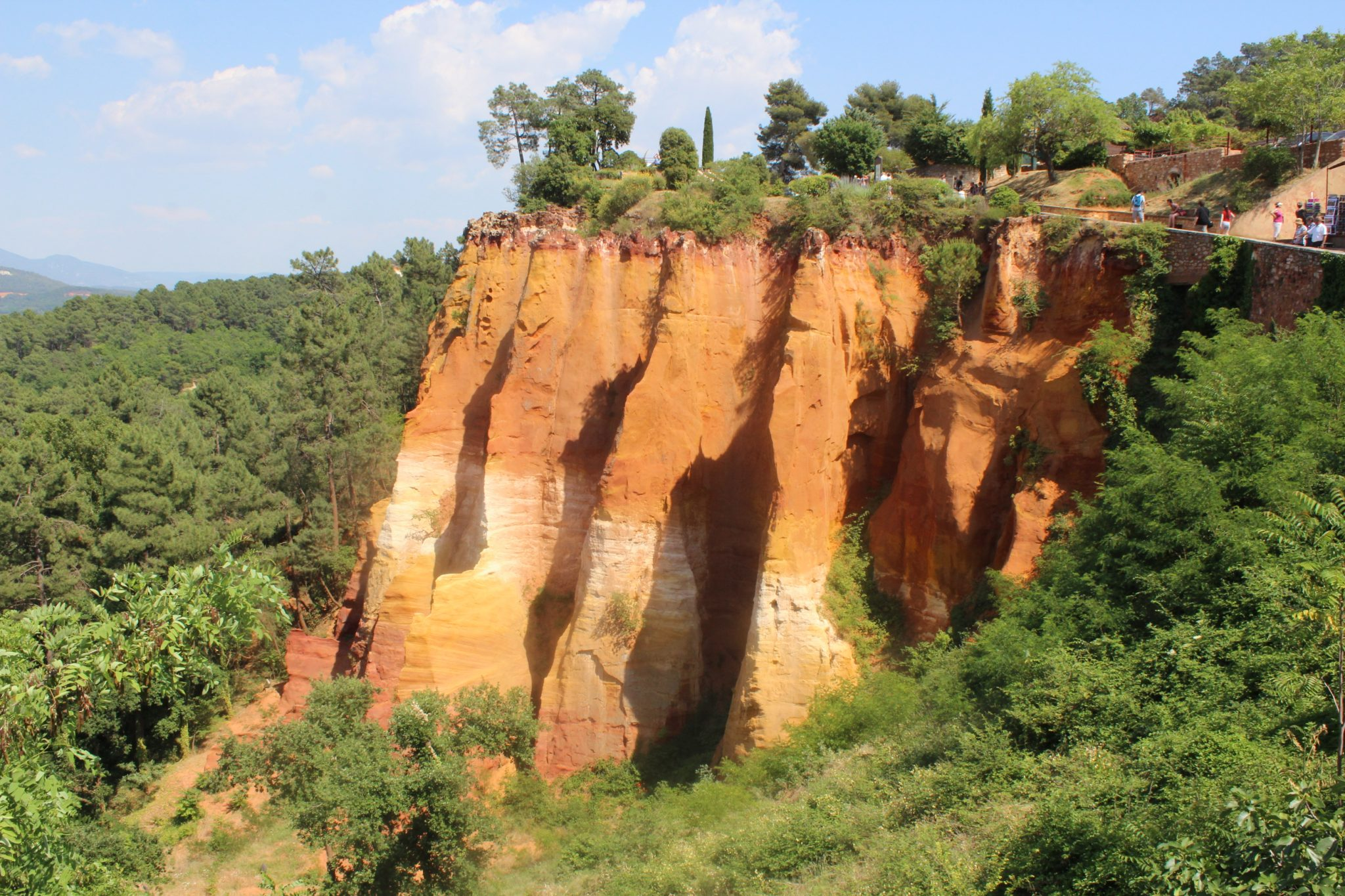 Nearby Roussillon ochre cliffs and trail (5 min walk from house)